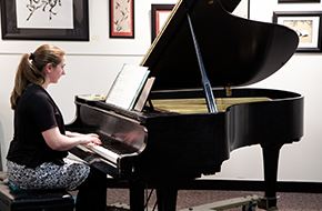 Piano Lessons | Suzuki Music Studio | Reston, VA | (703) 295-0659